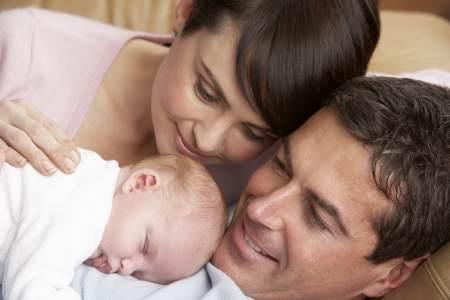 יולדת לאחר לידה יובש בנרתיק