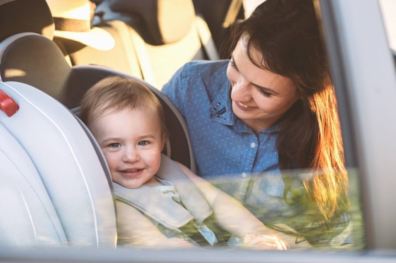 ילדים ברכב